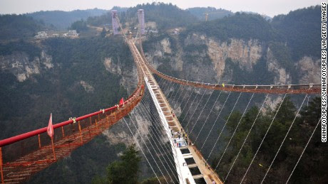 First look at record-breaking glass-bottom bridge - CNN.com