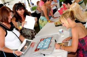Kirsten Storms signs autographs at a Soap Nation Tour Stop. Photo: ABC