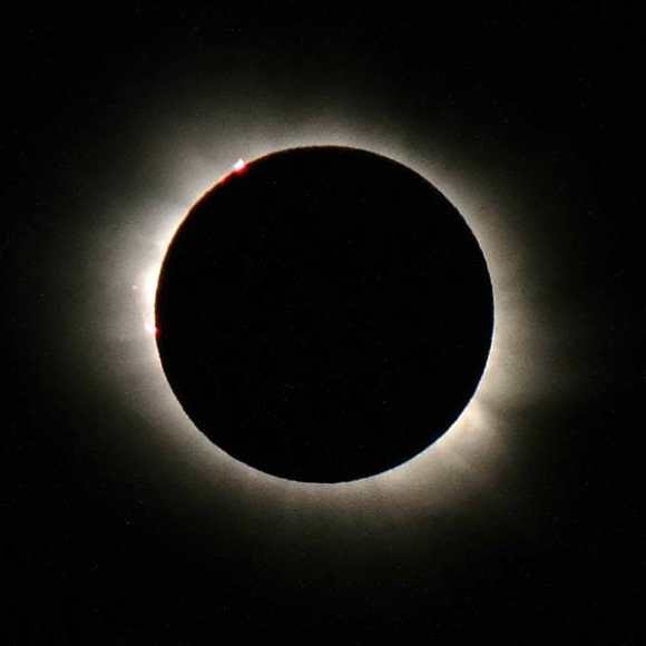 Totality! Captured from the (thankfully sunny) Svalbard Islands. Credit and Copyright: Tony Hoffman.