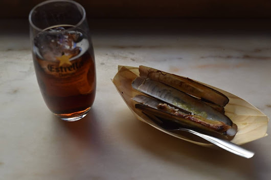 7 Barcelona Bars with Free Tapas