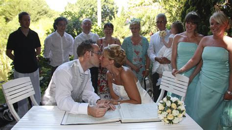 Get married in the sun   Civil Marriages in Spain