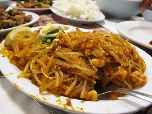 Filipino Dinner at Magic Wok