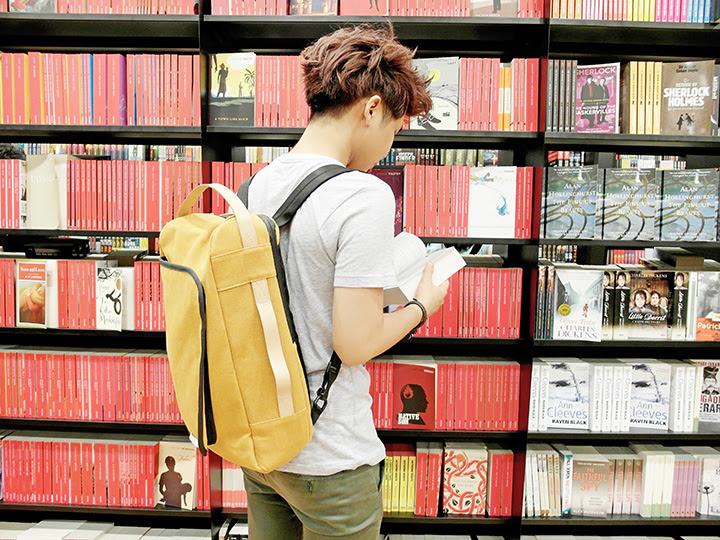 typicalben books bag