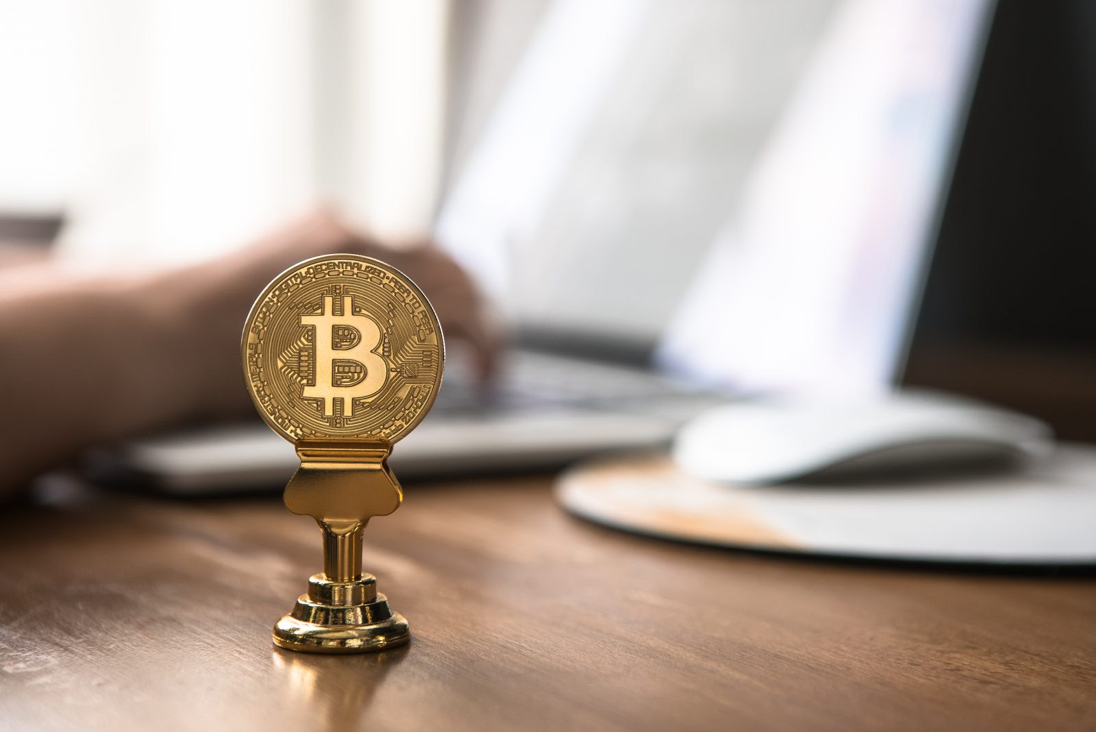 Crypto lunch: prijs Bitcoin & crypto stijgt. ETH kritiek, Elon Musk afgetroefd