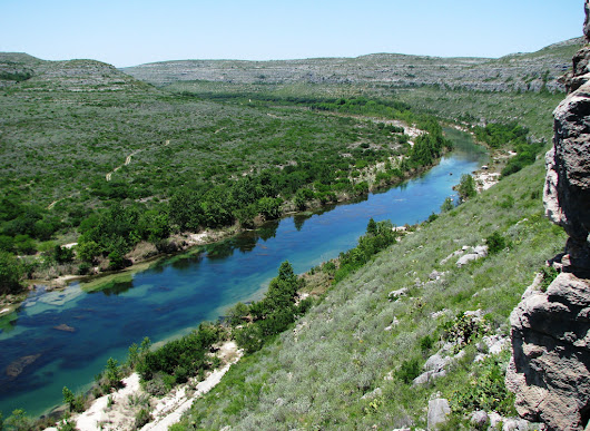 The Sapphire River In Texas That's Devastatingly Gorgeous