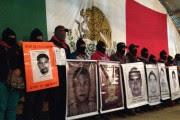 El encuentro entre zapatistas y padres de jóvenes normalistas desaparecidos. Foto: Especial