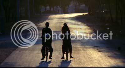 http://i298.photobucket.com/albums/mm253/blogspot_images/Bommarillu/PDVD_012.jpg