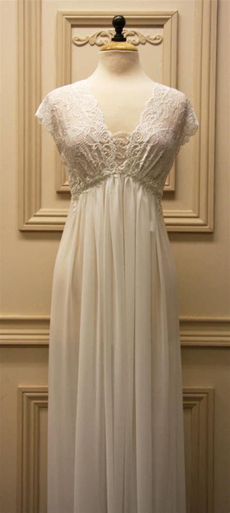 Best 25  Bridal Nightgown ideas on Pinterest   Classy