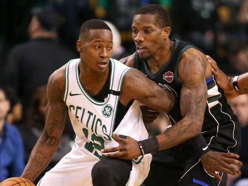 #NBAPLAYOFFS #Celtics #Bucks