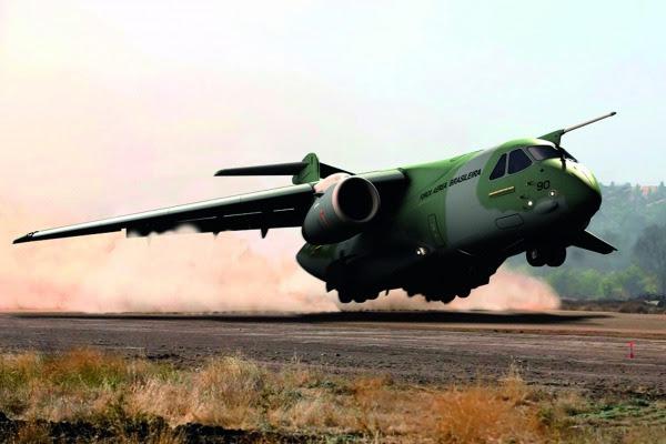Concepção artística do KC-390  Embraer