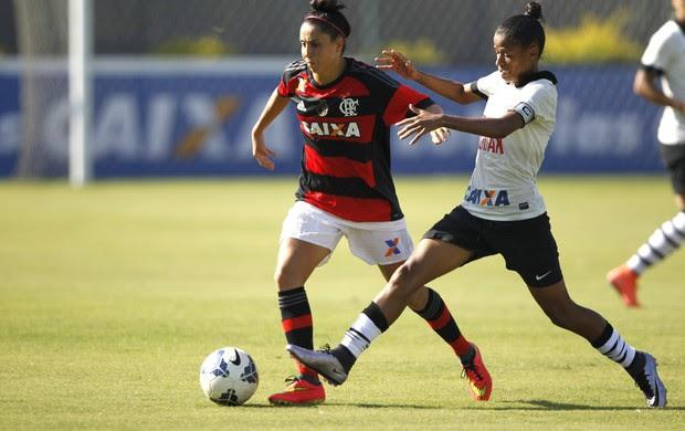 Meninas começam disputa da final do Brasileiro de Futebol Feminino