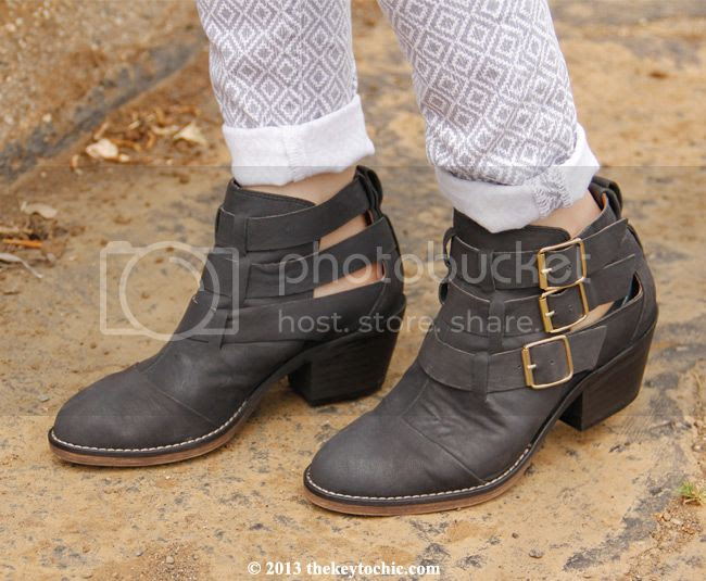 Steve Madden Opall buckle moto ankle boots