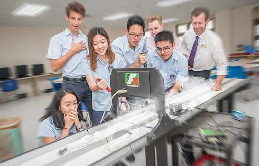 Student team represent Vietnam at this month's F1 in Schools World Finals 2017