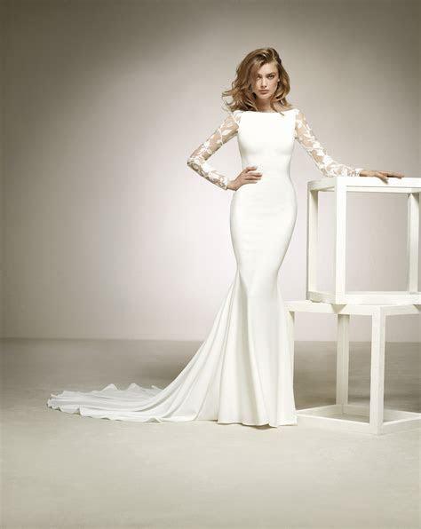 Long Sleeve Pronovias Dresses 2018   Arabia Weddings