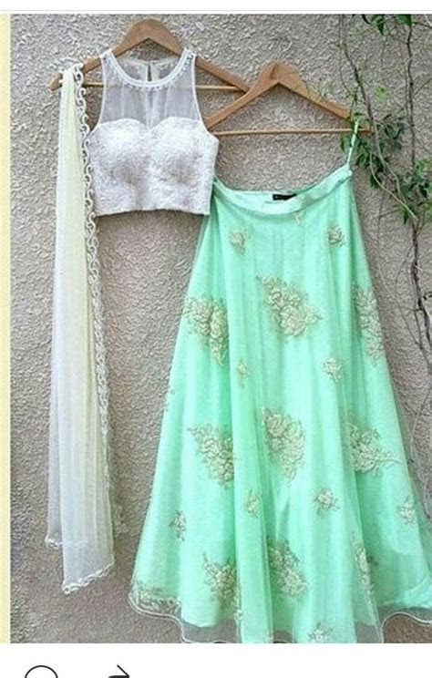 Best 25  Lehenga designs ideas on Pinterest   Indian