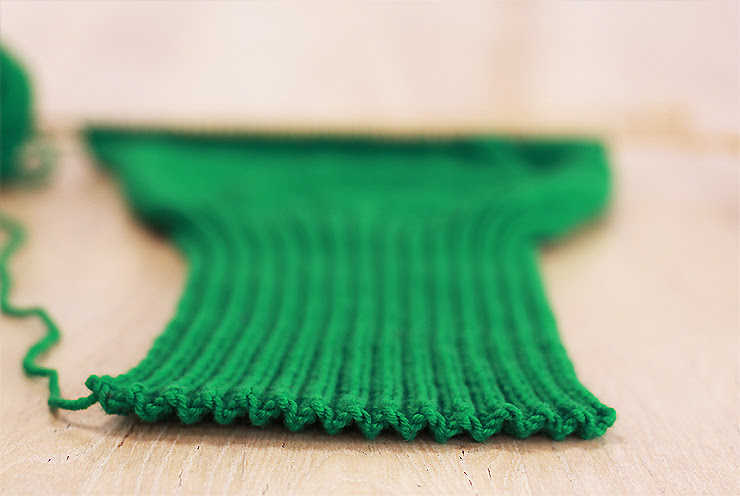 Green Knitted Dress - Ribbing