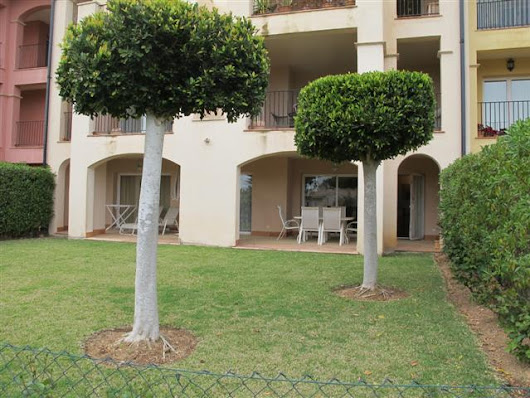 Ground Floor Garden Apartment in Nova Santa Ponsa (RH1640)