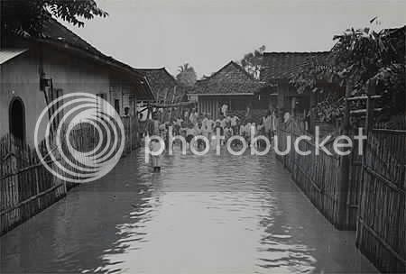Banjir di Jalan Tanah Abang 3.
