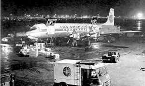 Douglas  DC-7 que fazia a rota Nova Iorque - Londres