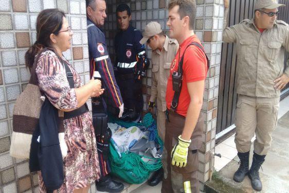 A operação mobilizou 15 bombeiros militares e o pessoal do Samu (Foto: Divulgação/Sesed.imprensa) - See more at: http://www.neemrevista.com.br/noticia/br/samu-e-bombeiros-socorrem-senhora-com-mais-de-360-kg-em-natal