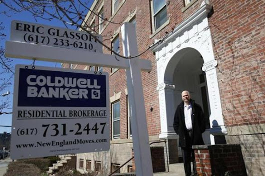 Lowered prices create bidding wars in hot housing market - Real estate - The Boston Globe