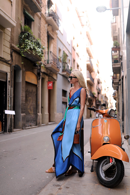 COLORS OF BARCELONA // SPRING MAXI | Atlantic-Pacific