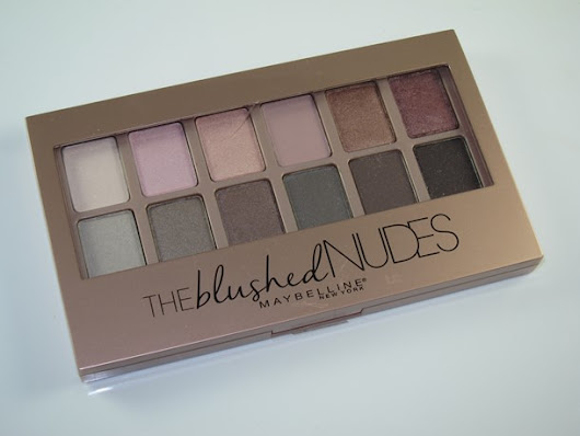 Maybelline The Blushed Nudes Expert Wear Shadow Palette Review & Swatches