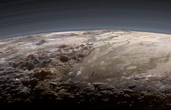 La imagen anterior coloreada a partir de los datos de la cámara Ralph/MVIC por Ian Reagan (NASA/JHUAPL/SwRI/Ian Reagan).