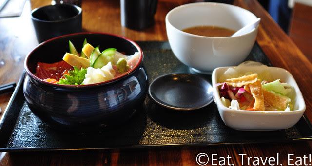Oto-Oto Izakaya Japonaise- Monrovia, CA: Chirashi Bowl Set
