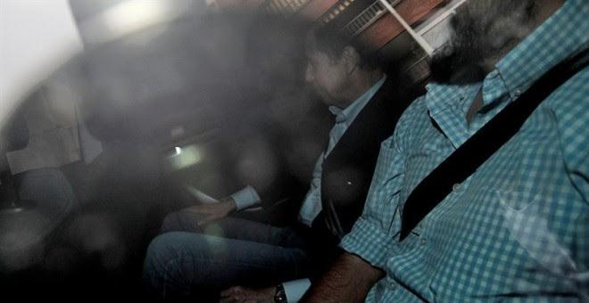 24/05/2018.- El expresident de la Generalitat y exministro Eduardo Zaplana aguarda el pase a disposición judicial tras los registros en sus domicilios y oficinas en el marco de la operación Erial, que puede producirse este jueves, el mismo día que está ci