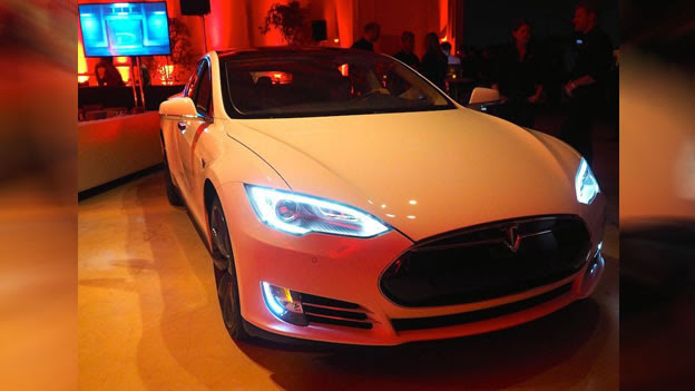 2015 Tesla Model S P85d Photos Specs And Review Rs