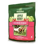 Standlee Hay 1585-41008-0-0 Apple Berry & Cookie Cube Horse Treat - 5 lbs.