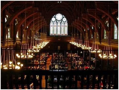 Beautiful-canteen-of-Harvard-University-3