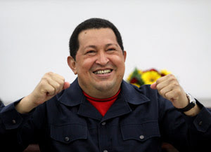 O presidente venezuelano durante reunião com ministro nesta terça (20), em Caracas (Foto: AFP)