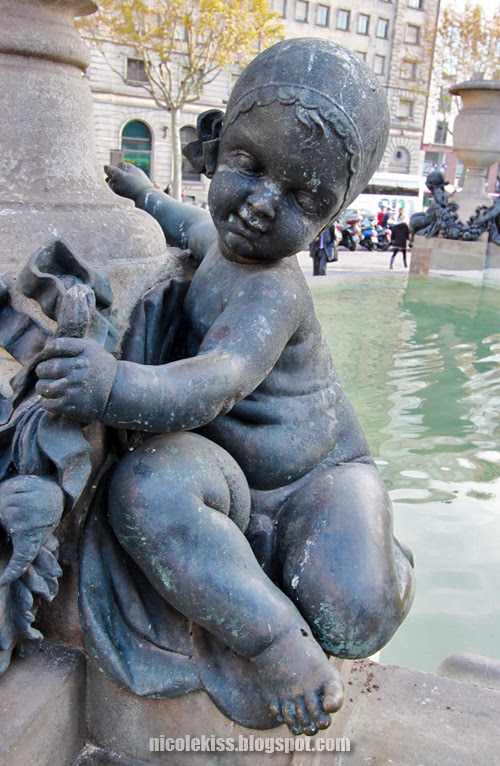 baby statue
