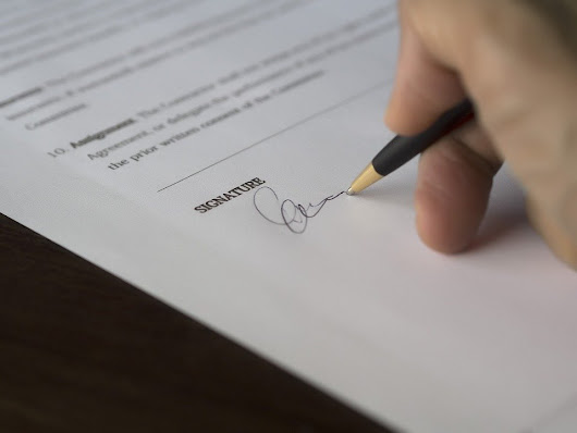 How to Successfully Bid on Business Contracts
