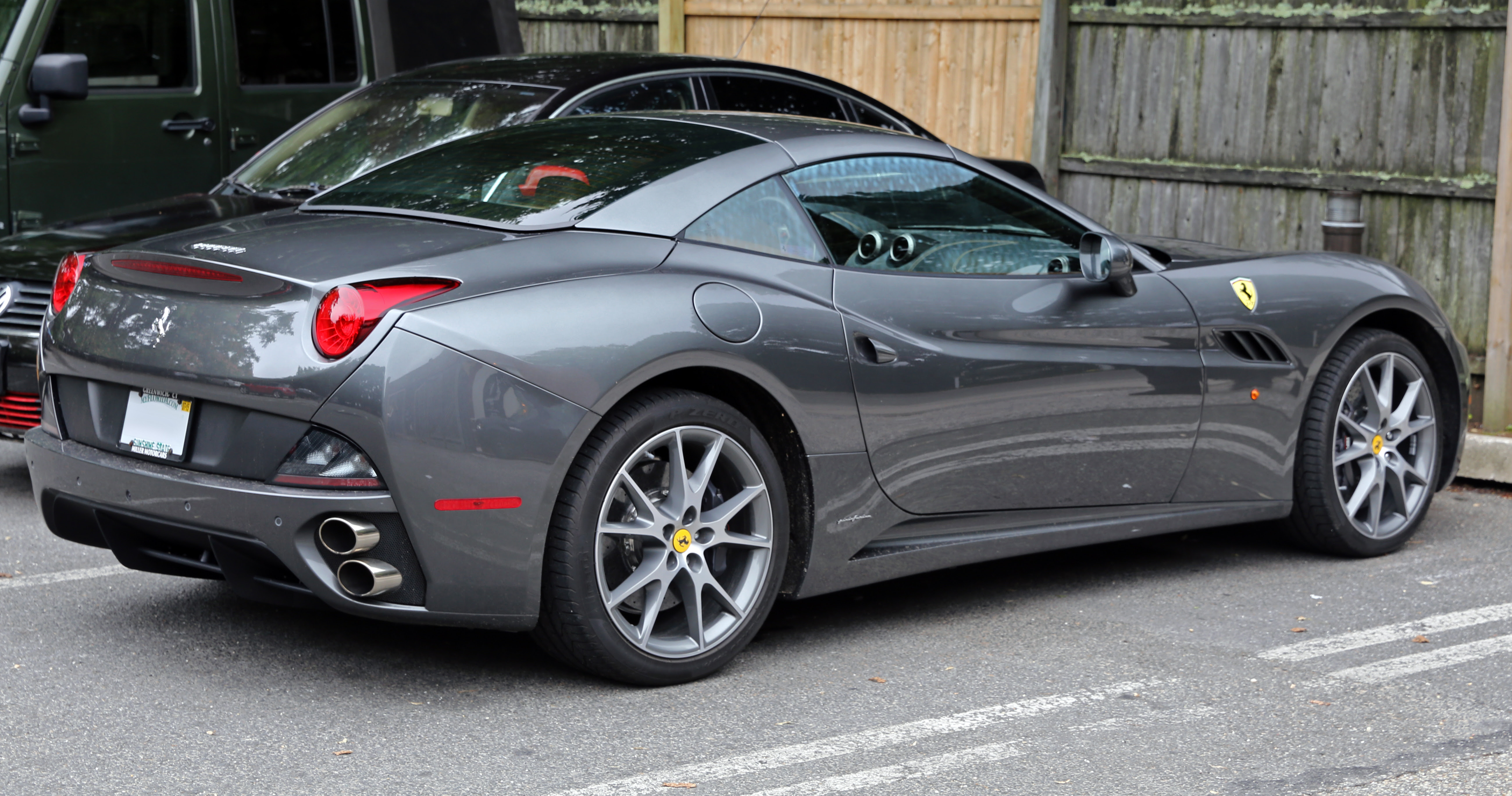 File:2014 Ferrari California (grey), rear right.jpg