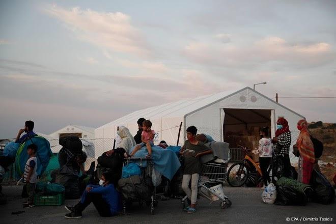 KRO-NCRV voert actie voor getroffen vluchtelingen in kamp Moria