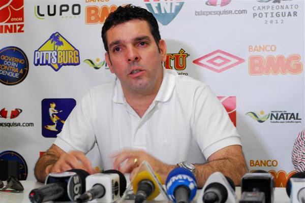 Alex Padang, presidente do América F.C.