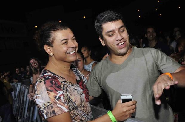 David Brazil em show do Exaltasamba no Rio (Foto: Ari Kaye/ Divulgação)