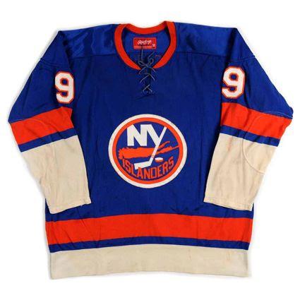New York Islanders 1974-75 jersey photo New York Islanders 1974-75 F jersey.jpg