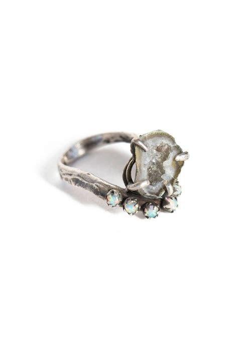 Best 25  Hippie wedding ring ideas on Pinterest   Ring