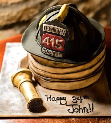 25  best ideas about Firefighter Cakes on Pinterest