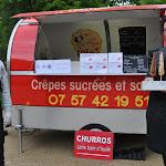Elle vend ses crêpes à bord de son food-truck