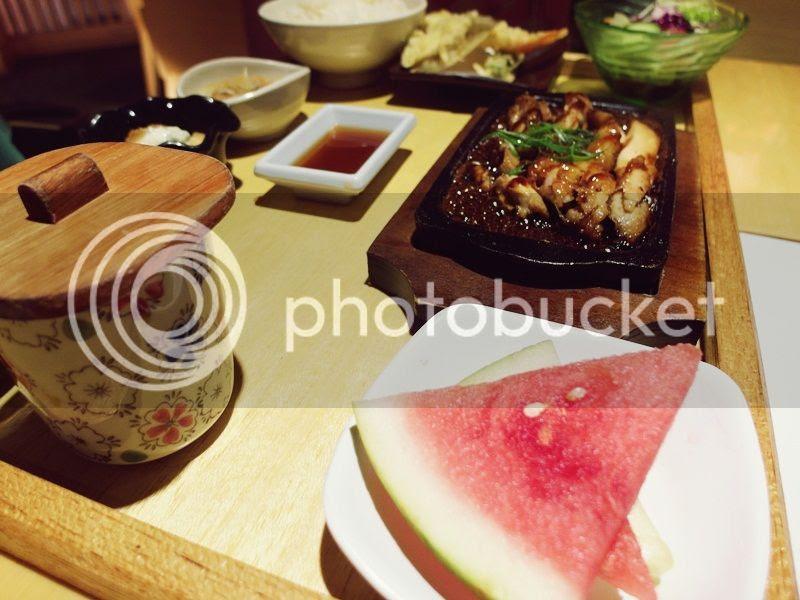 photo 04_zpsef943562.jpg