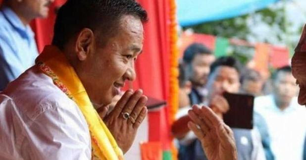 Five days work a week, Sikkim's new CM's present to state government employees