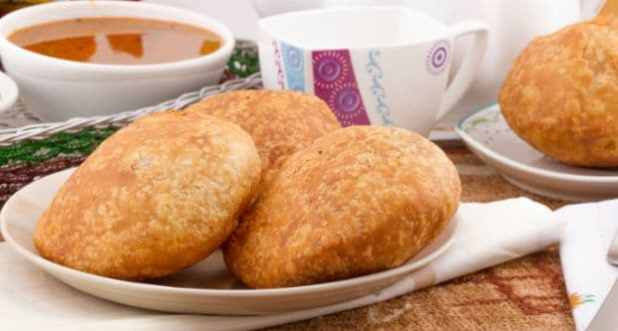 9 Best food Items to Eat This Holi