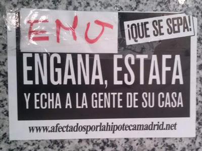 Cartel colocado en la sede de la EMVS por activistas de la Plataforma de Afectados por la Hipoteca.
