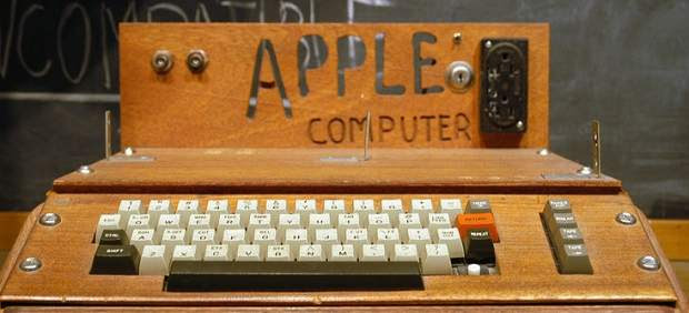 ¿Pagarías medio millón de dólares por un ordenador? El 'Apple I' sale a subasta