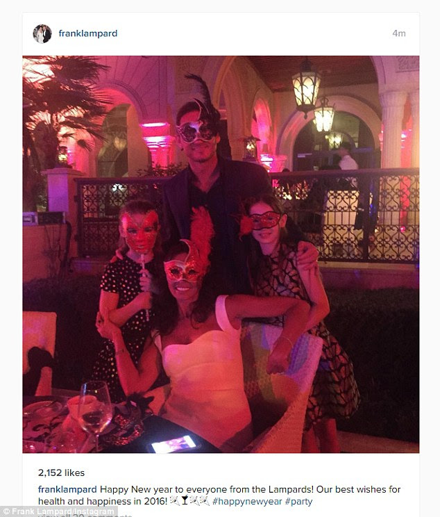 Frank Lampard and his family were wearing masks at their New Year's celebrations